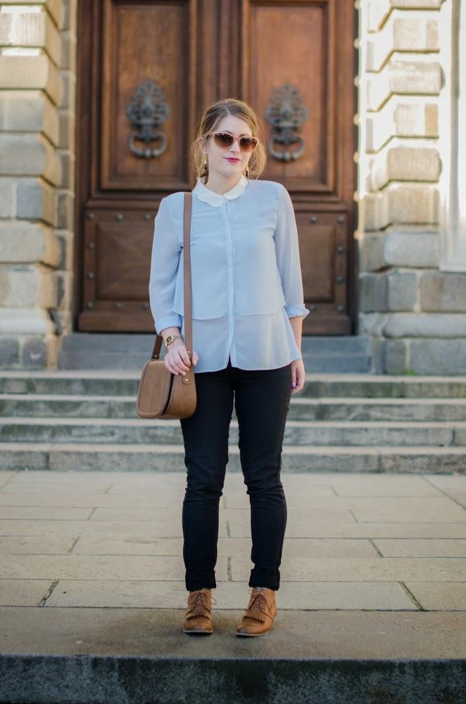 chemise festonnée col vague femme