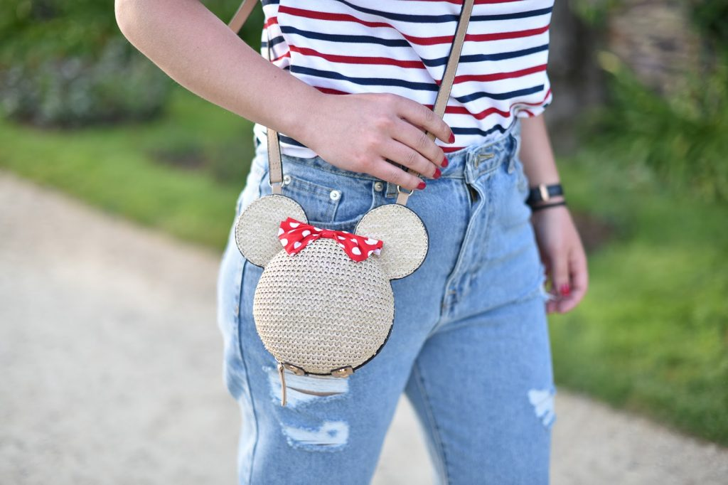 sac disney look casual