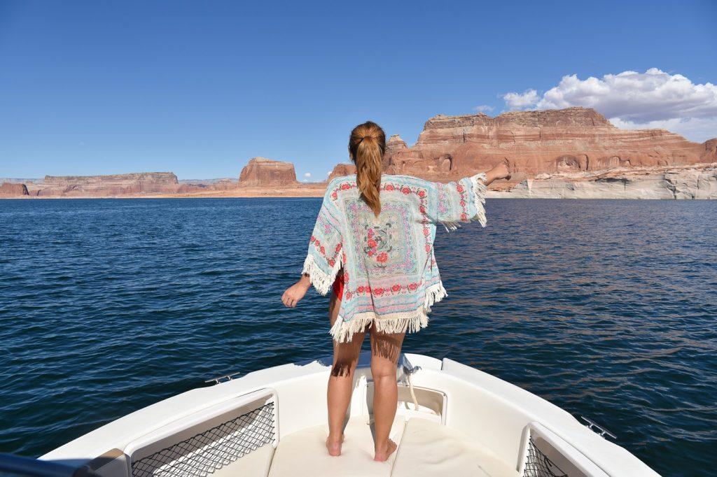 faire du bateau sur le lac powell