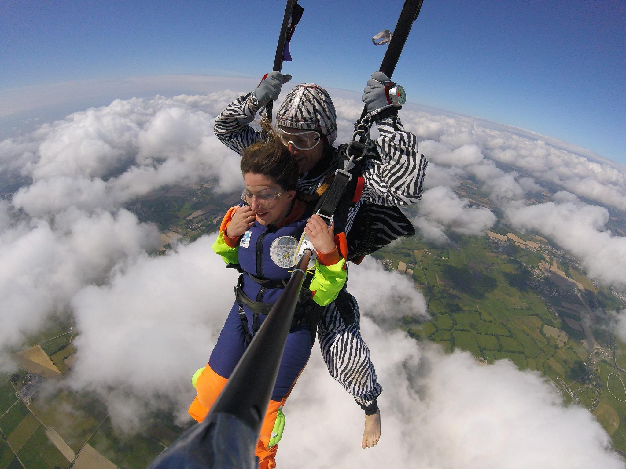 cap adrenaline abeille parachutisme