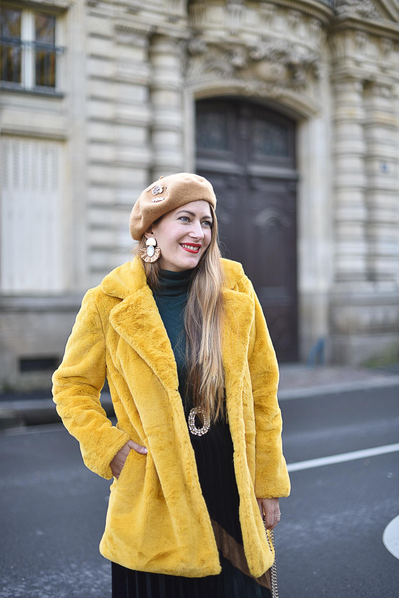 manteau jaune atelier de louise